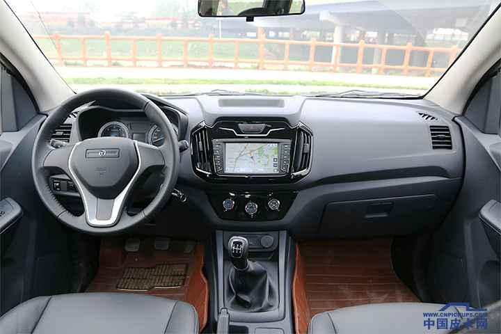 瑞迈两驱超豪华版 车厢座椅