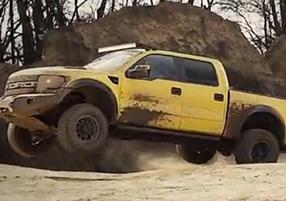 【转载】越野王者较量Mercedes 4x4 Vs Raptor