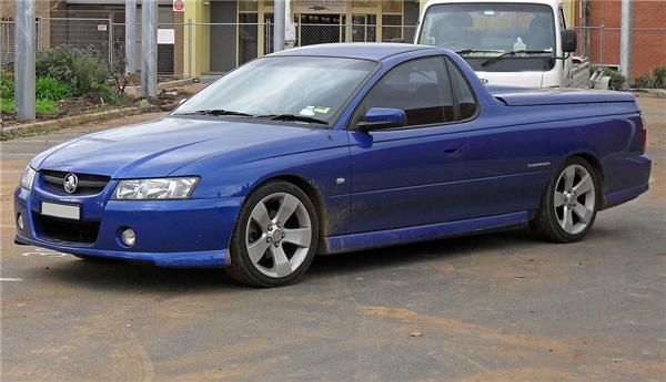 1024px-2006_Holden_VZ_Ute_Thunder_S_01.png