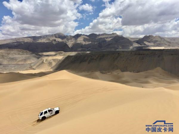 热情的沙漠,欢乐的节日——中国(国际)汽车旅游大会再临乌海