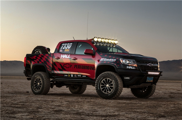 2017-chevrolet-colorado-zr2-best-in-the-desert-dusk.png