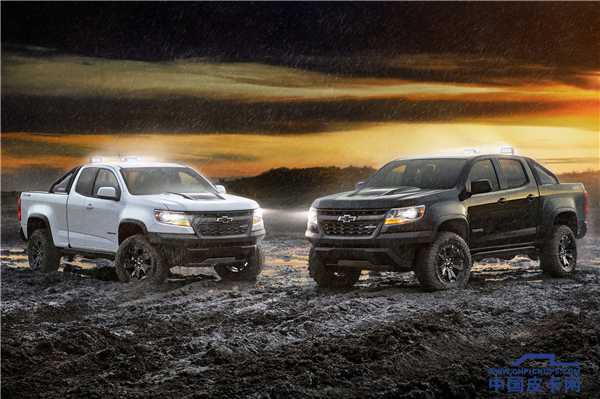 2018-Chevrolet-Colorado-ZR2-Dusk-and-Midnight-Editions-087.png