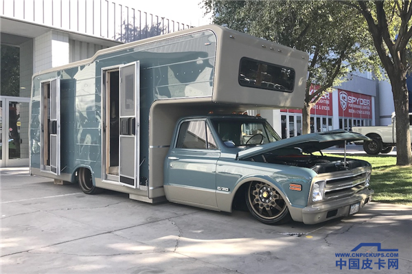 2017-sema-chevy-c30-hd-truck-camper-custom.png
