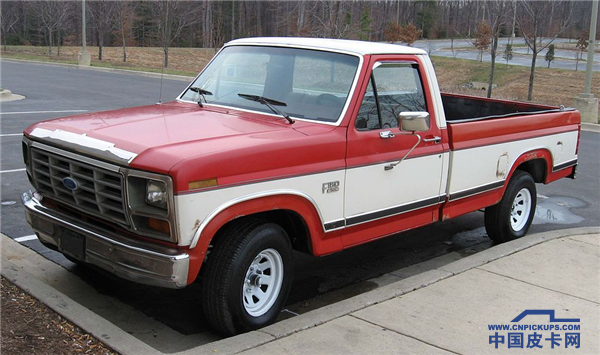 1024px-7th-Ford-F150.png