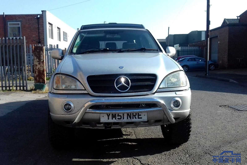 mercedes-ml-6x4-pickup-truck-for-sale-on-ebay (11)_.png