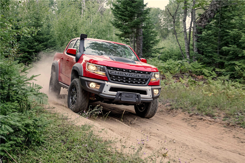2019-chevrolet-colorado-zr2-bison-front-quarter-01.png
