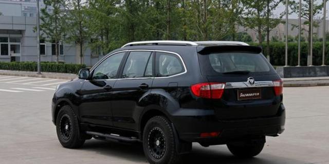 福田萨瓦纳七座SUV够霸气:售价12万不输汉兰达