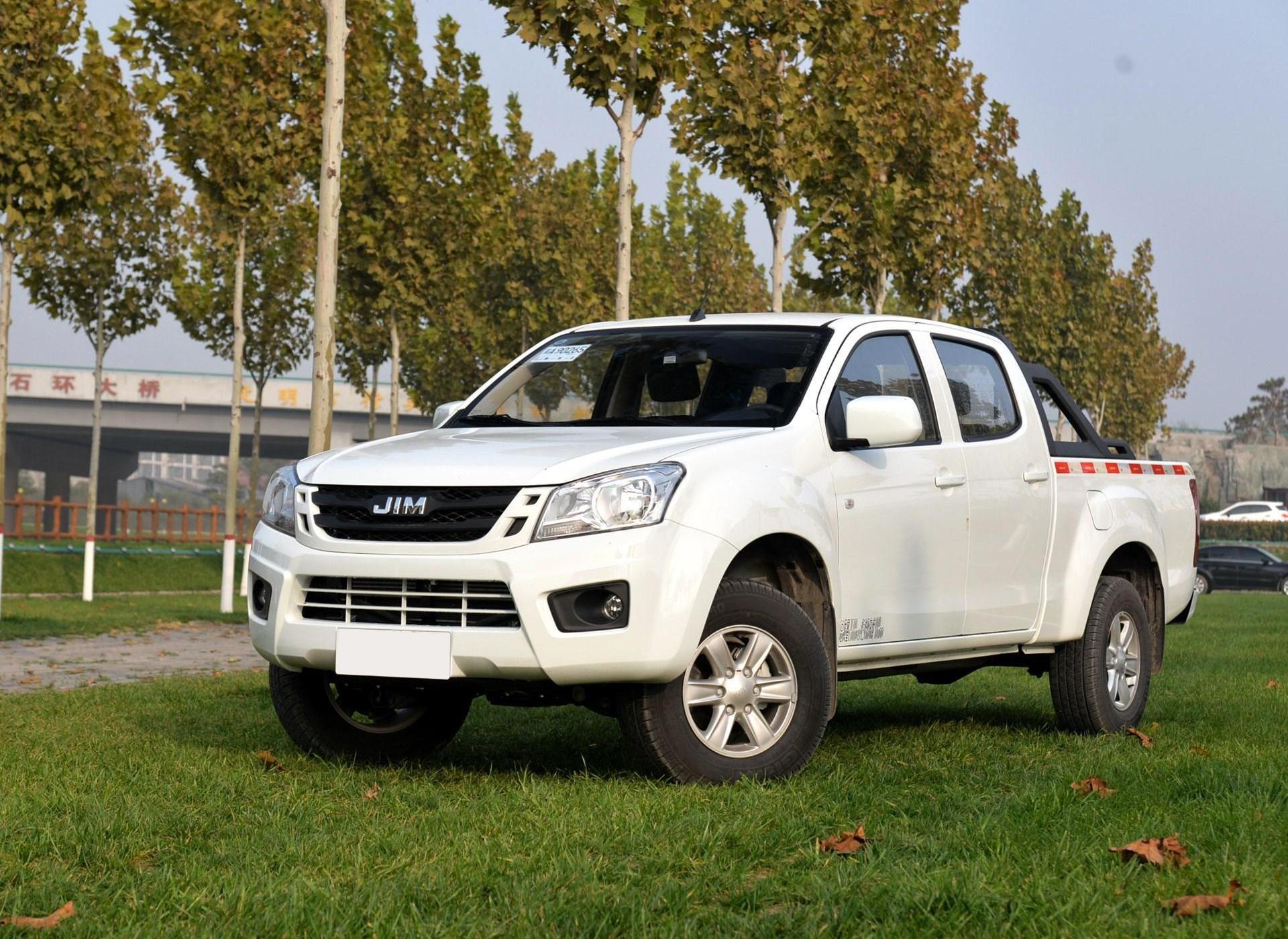 2018款2.0T四驅汽油豪華款加長貨廂4K21D4T