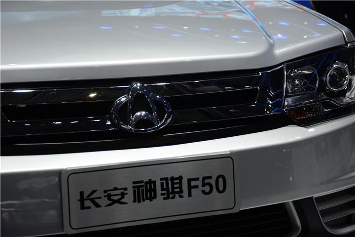 神騏F50車頭特寫