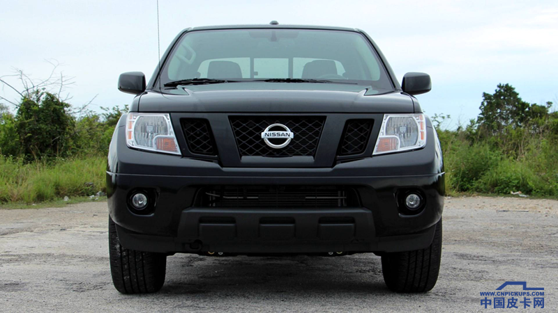 2018-nissan-frontier-midnight-edition-review_.png