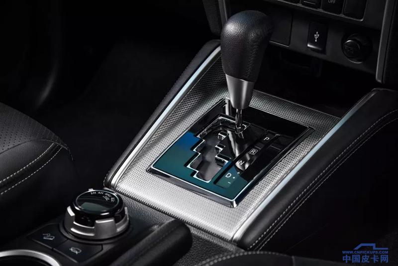 64-Mitsubishi-Triton-Double-Cab-4WD-GT-2019.webp_.png