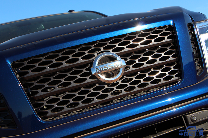 被遗忘的美式皮卡 动力不输猛禽 V8自吸只卖30多万!