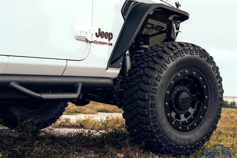 搭地狱猫V8发动机 Jeep角斗士越野/性能在加强