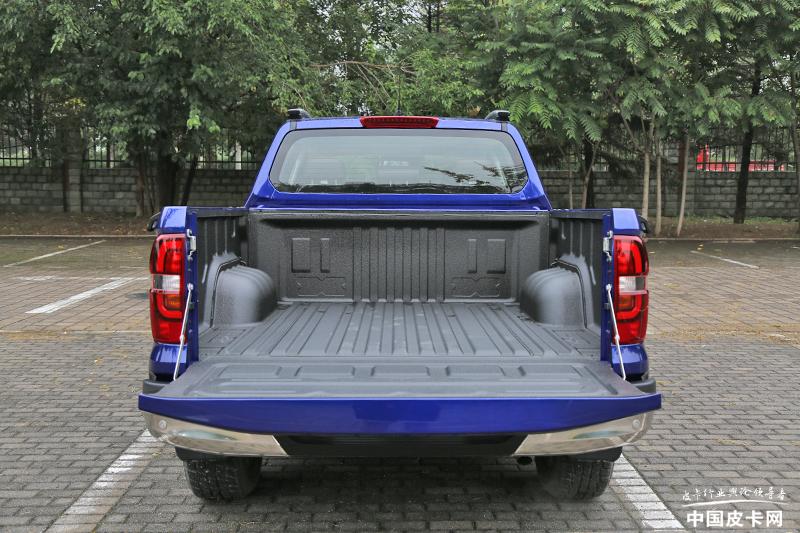 售价9.98-13.48万元 长安凯程F70自动挡正式上市