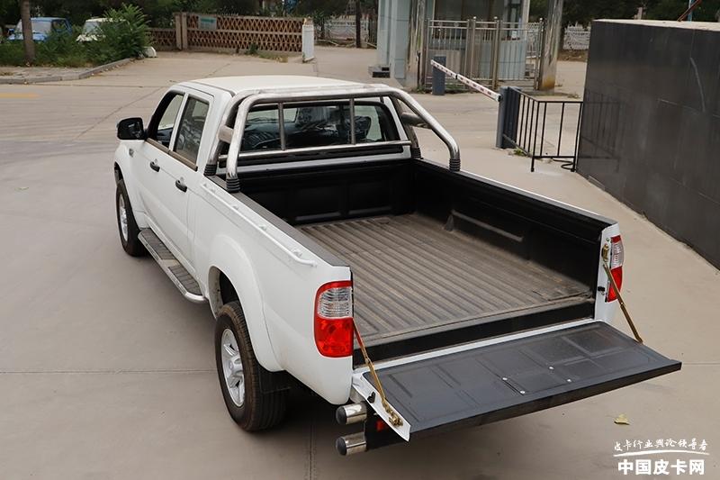 它们是拉货小能手 装配大货箱皮卡车型推荐