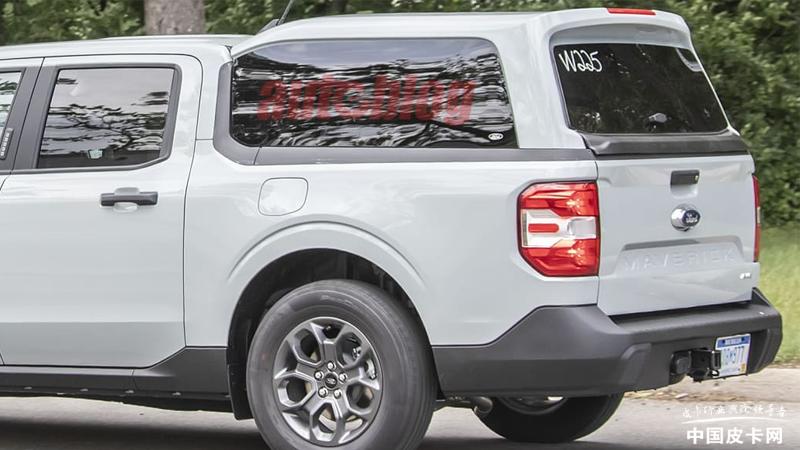 原厂改装造型流畅 福特Maverick加装货箱盖车型曝光