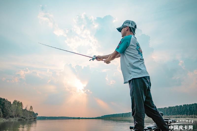 潮玩水上高尔夫,共创全场景皮卡生活,2021长城炮路亚国际锦标赛开赛